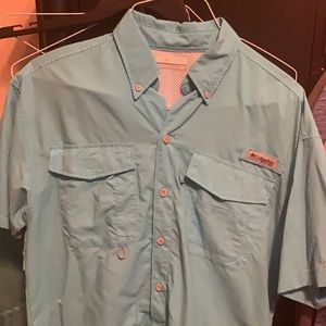 Small Columbia Shirt Barely Worn